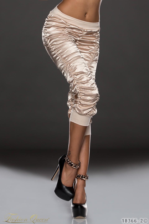 39aa9cf09f75 Fashion Queen - Dámske oblečenie a móda - Lesklé nohavice