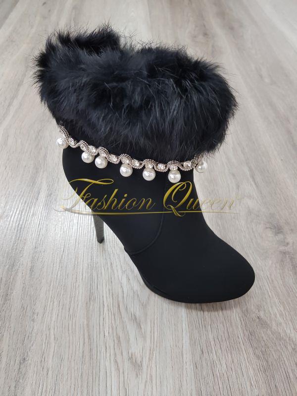 0707ce989a7a9 Fashion Queen - Dámske oblečenie a móda - Členkové čižmy s perličkami