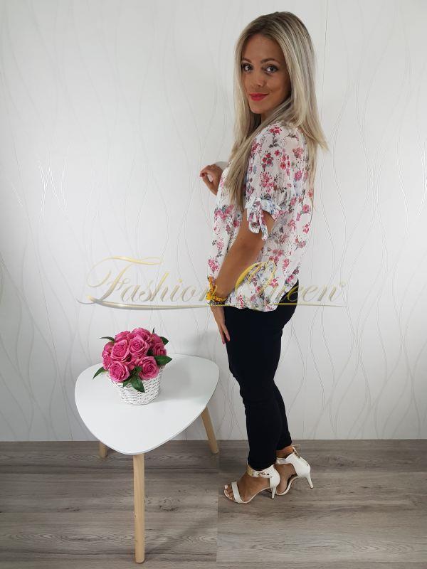 e69b50ac93 Fashion Queen - Dámske oblečenie a móda - Kvetovaná blúzka